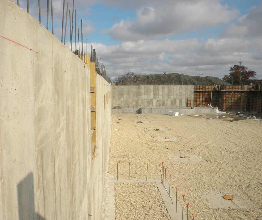 Glenview-Wall
